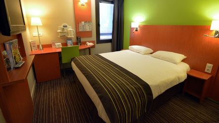hotel dijon avec spa. Black Bedroom Furniture Sets. Home Design Ideas